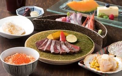 北海道の山海の幸や柔らかな肉質の十勝ステーキコース